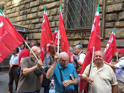 pensionati decreto pensioni Firenze
